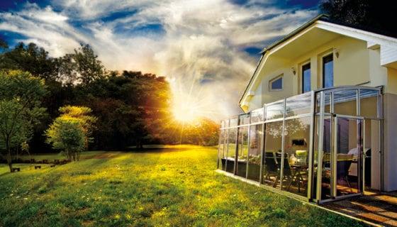 SKYTRIUM zastřeší Vaši terasu a potěší oči každého architekta!